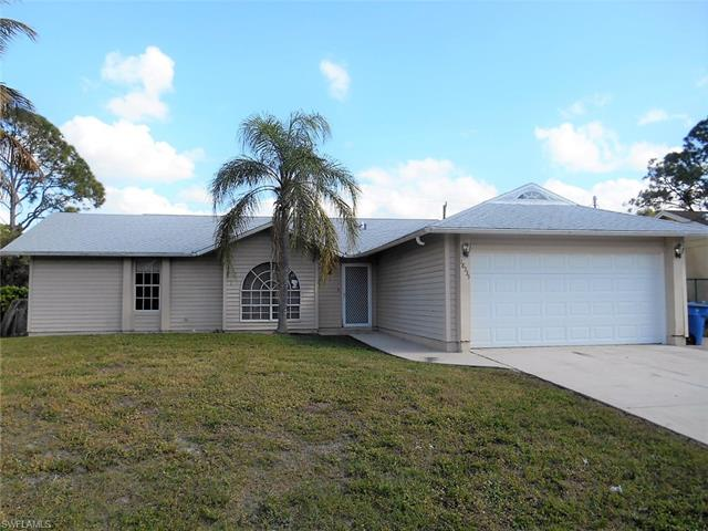 18335 Hawthorne Rd, Fort Myers, FL 33967