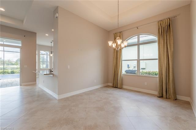 12653 Fairway Cove Ct, Fort Myers, FL 33905