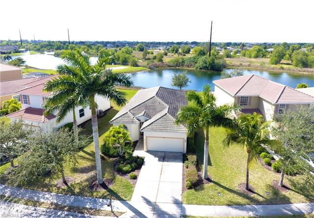 2660 Blue Cypress Lake Ct, Cape Coral, FL 33909