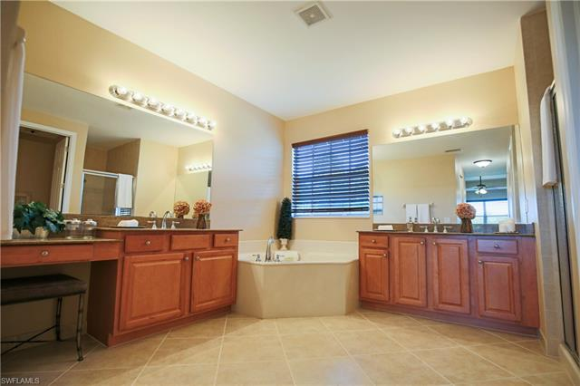 10143 Mimosa Silk Dr, Fort Myers, FL 33913