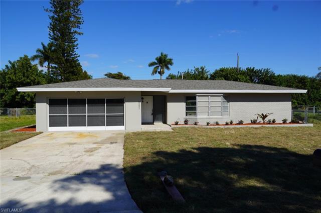 5221 Pocatella Ct, Cape Coral, FL 33904