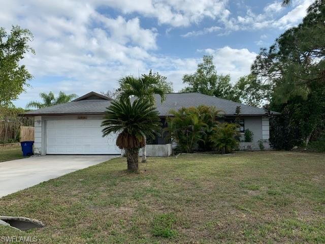 11810 Amanda Ln, Bonita Springs, FL 34135
