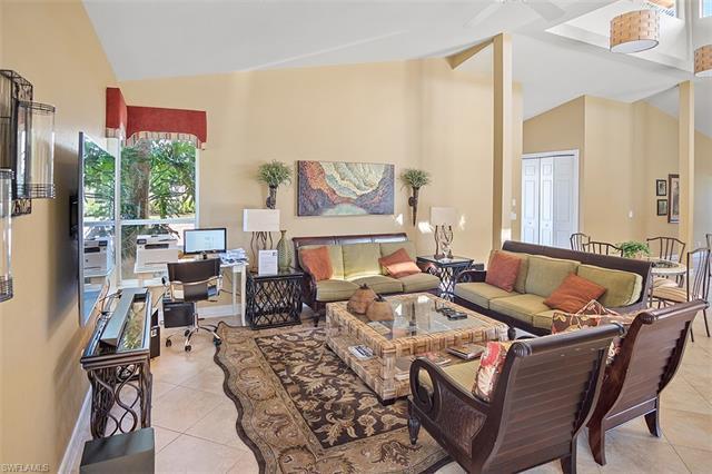 1865 Les Chateaux Blvd 6-101, Naples, FL 34109