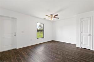 246 Lunette St, Fort Myers, FL 33913