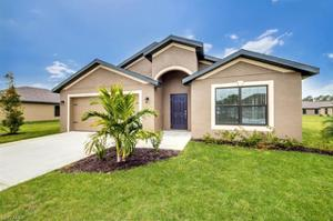 816 Sea Urchin Cir, Fort Myers, FL 33913