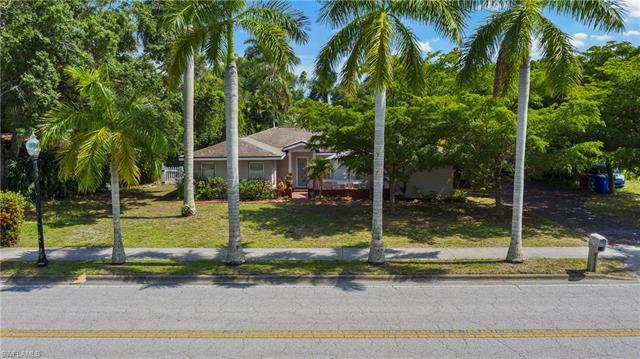 1524 Hill Ave, Fort Myers, FL 33901