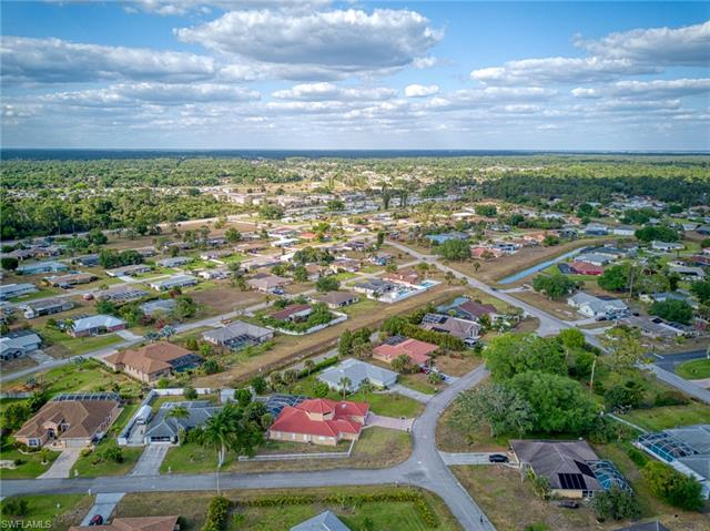 311 Malabar St, Lehigh Acres, FL 33936