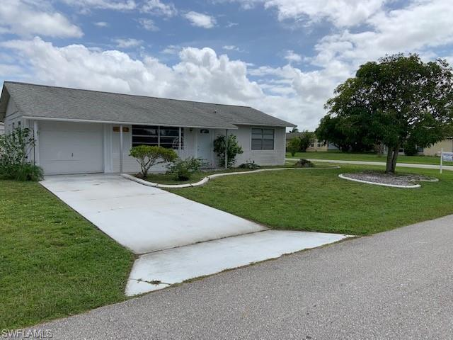 10729 Figtree Ct, Lehigh Acres, FL 33936