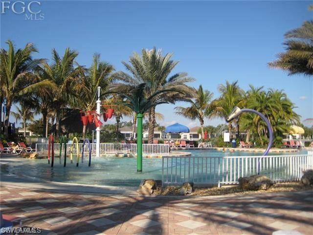 2426 Verdmont Ct, Cape Coral, FL 33991