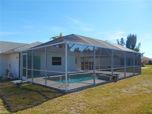 3608 Sw 14th Pl, Cape Coral, FL 33914