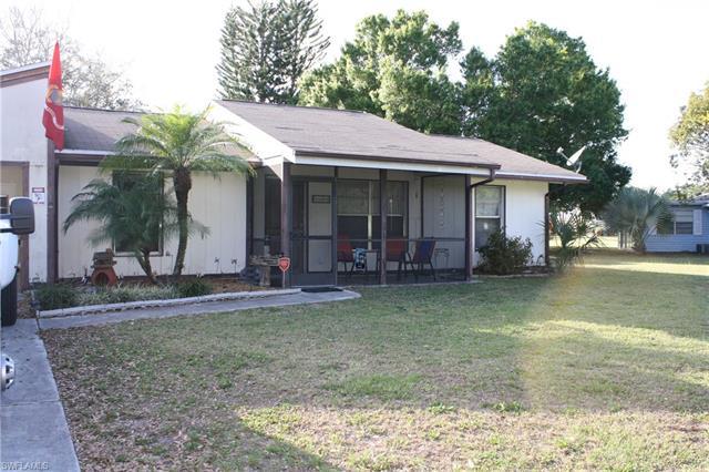 321 Schoolside Dr, Lehigh Acres, FL 33936