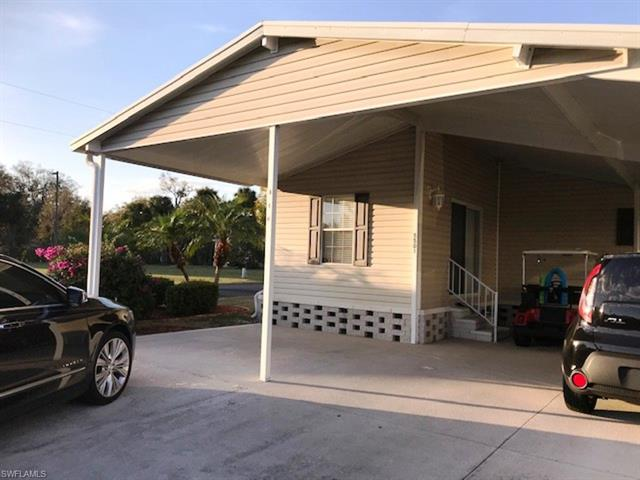 5501 Melli Ln, North Fort Myers, FL 33917