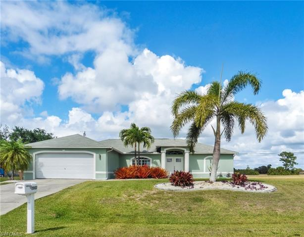 2007 Ne 18th St, Cape Coral, FL 33909