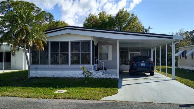 2711 Breezewood Dr, North Fort Myers, FL 33917