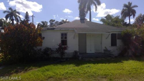 25 Cypress St 27, North Fort Myers, FL 33903