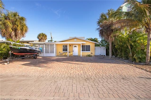 110 Washington Ave, Fort Myers Beach, FL 33931