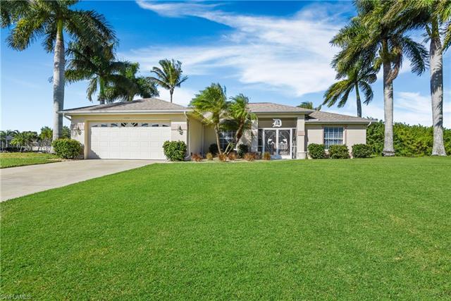 3226 Sw 1st Pl, Cape Coral, FL 33914