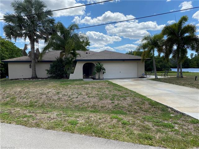 1321 Driftwood Dr, North Fort Myers, FL 33903