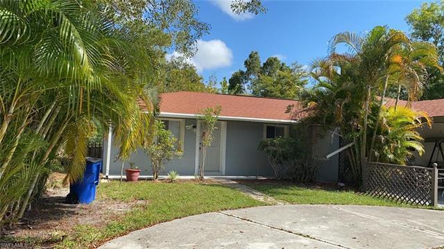5831 Casablanca Ct, Fort Myers, FL 33919