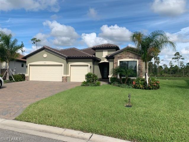 4702 Abaca Cir, Naples, FL 34119