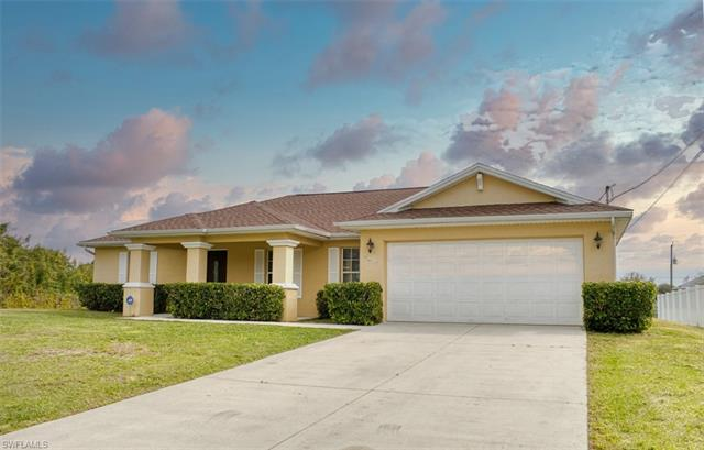 908 Atherton Ave, Lehigh Acres, FL 33971