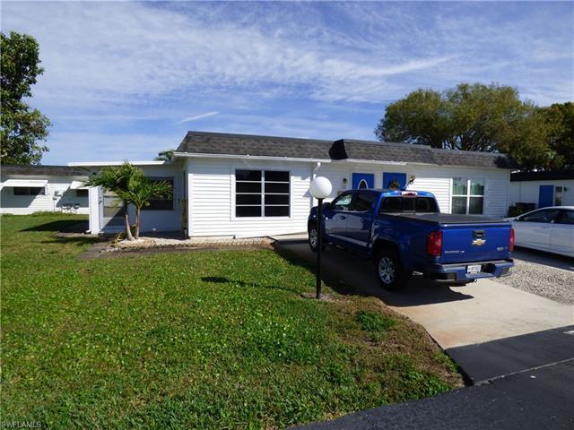 56 Hamlin Ct, Lehigh Acres, FL 33936