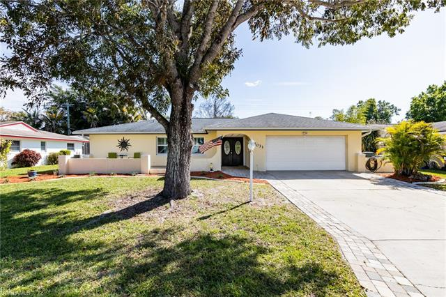 7031 E Fountainhead Rd, Fort Myers, FL 33919