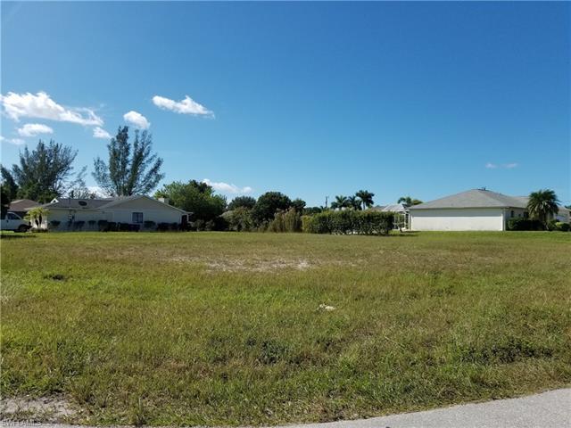 218 Sw 13th Ter, Cape Coral, FL 33991