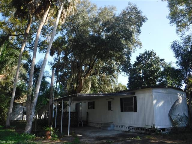 740 Nuna Ave 21, Fort Myers, FL 33905
