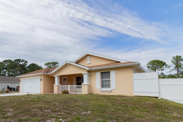 5404 Billings St, Lehigh Acres, FL 33971