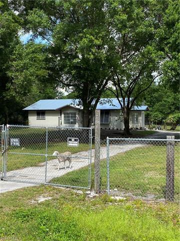 757 Woodland Blvd, Clewiston, FL 33440