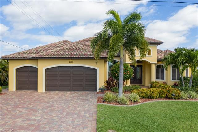 2033 Sw 52nd St, Cape Coral, FL 33914