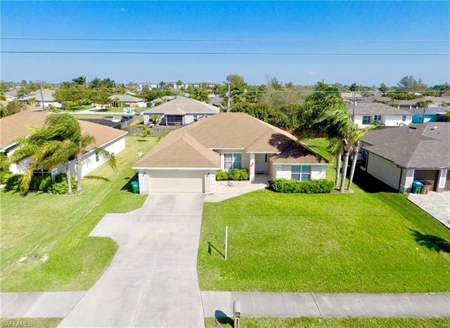 3801 Agualinda Blvd, Cape Coral, FL 33914