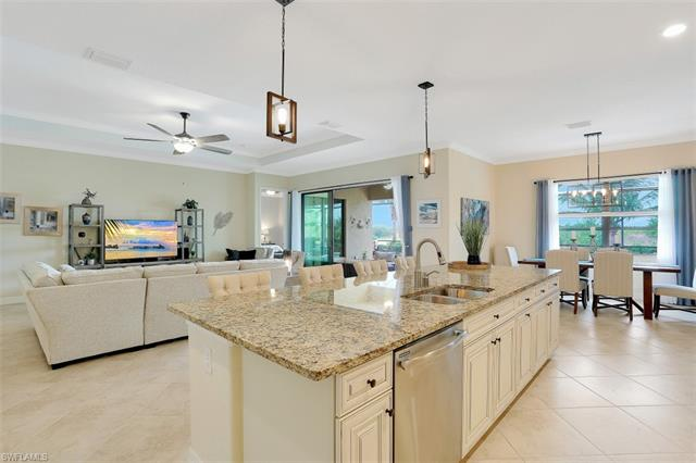 28058 Wicklow Ct, Bonita Springs, FL 34135