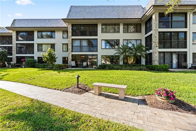 5954 Pelican Bay Blvd 213, Naples, FL 34108
