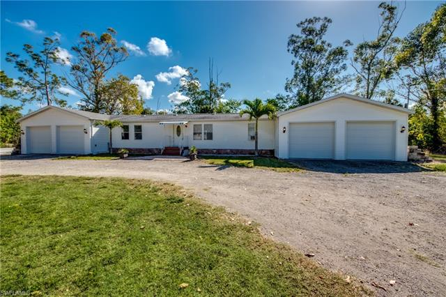 7869 Breeze Dr, North Fort Myers, FL 33917