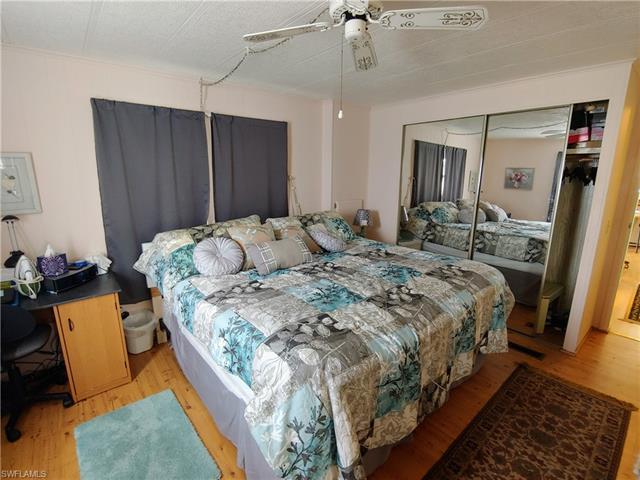 107 Poinsettia Dr, Fort Myers, FL 33905