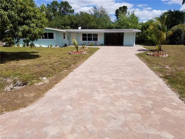 8530 Beacon St, Fort Myers, FL 33907