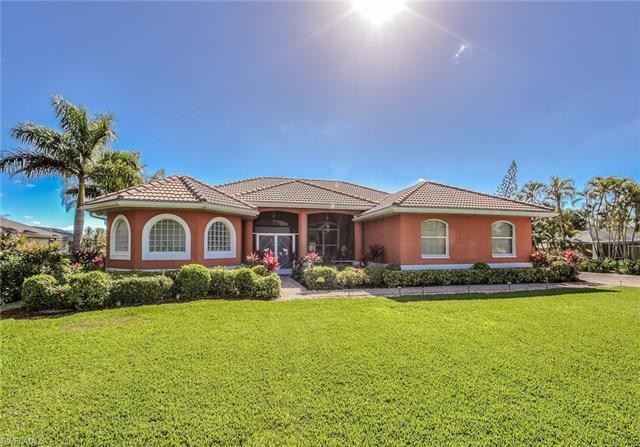 7259 Winkler Rd, Fort Myers, FL 33919