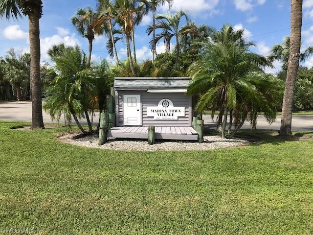 1051 Palm Ave 121, North Fort Myers, FL 33903