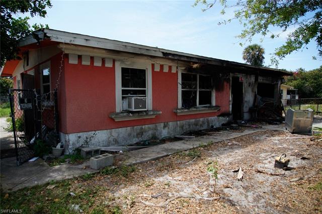 10920 Citrus Dr, Bonita Springs, FL 34135