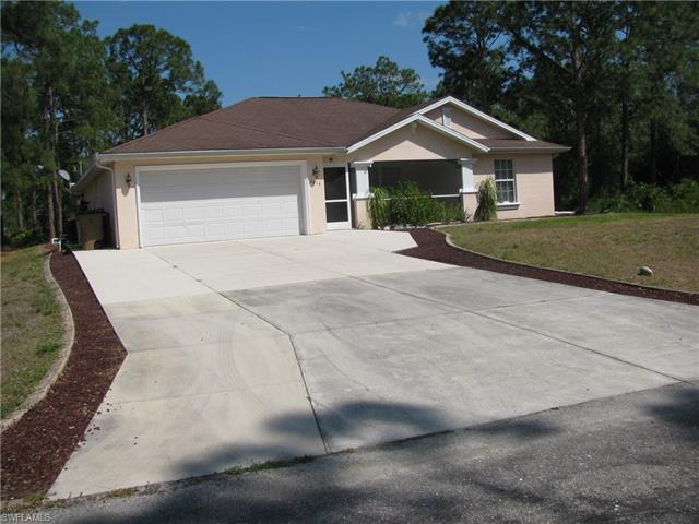 1616 Acacia Ave, Lehigh Acres, FL 33972