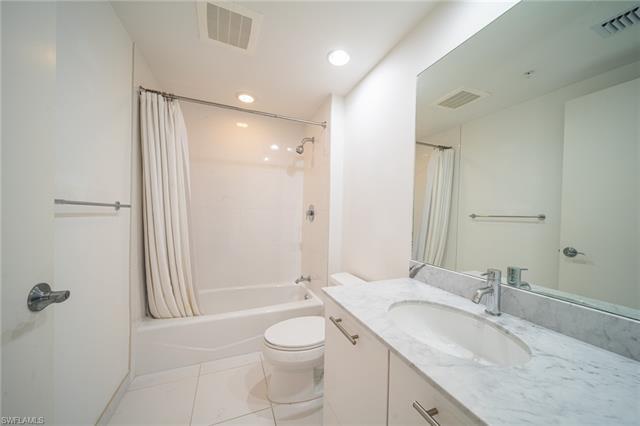 3000 Oasis Grand Blvd 2506, Fort Myers, FL 33916