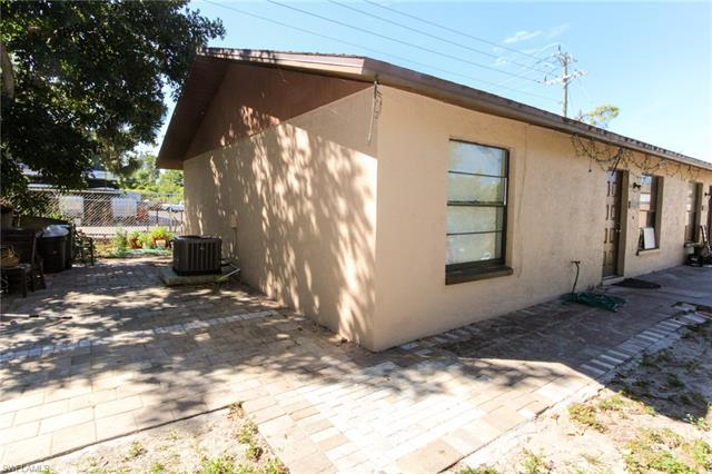 18669/671 Holly Rd, Fort Myers, FL 33967