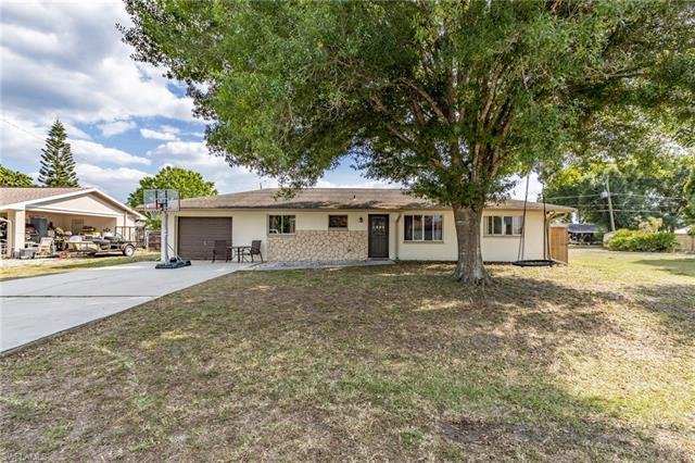 14031 Marquette Blvd, Fort Myers, FL 33905