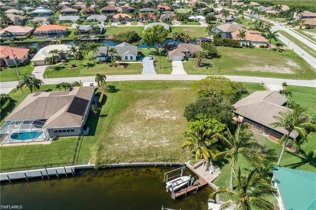 2915 Sw 38th St, Cape Coral, FL 33914