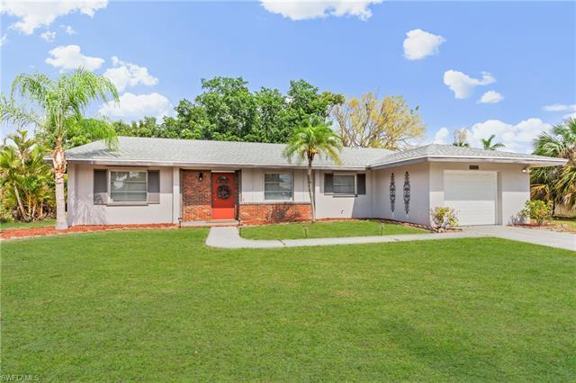 12090 Mcgregor Blvd, Fort Myers, FL 33919