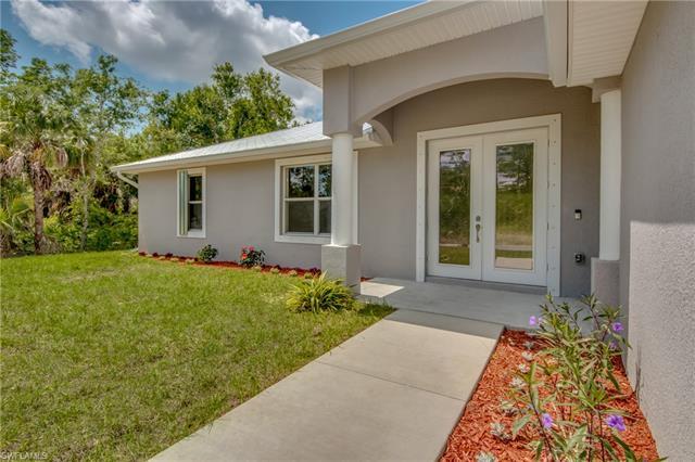 1007 Highland Ave, Lehigh Acres, FL 33972