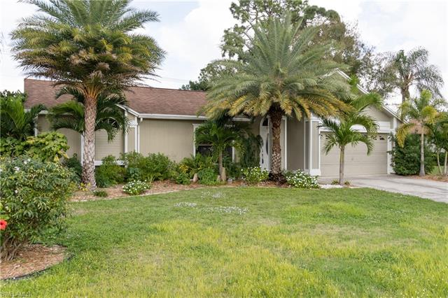 9766 Country Oaks Dr, Fort Myers, FL 33967