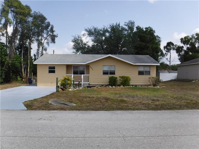 8421 Blackberry Rd, Fort Myers, FL 33967